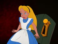Alice-in-wonderland-disneyscreencaps.com-8611