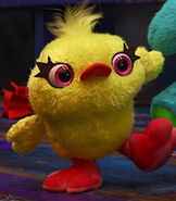 Ducky-toy-story-4-32