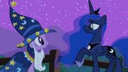 Luna 'How about now' S2E04