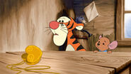 Tigger and roo find the locket empty 2