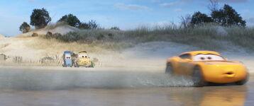 Cars3-disneyscreencaps.com-4784