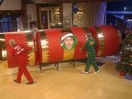 KMKY Christmas-cracker