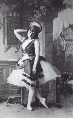 Esmeralda -Virginia Zucchi -1886.jpg