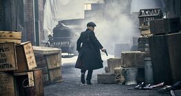 http://www.farfarawaysite.com/section/peaky/gallery4/gallery5/hires/26
