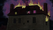 Thechateauisonfire