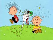 Spook Charlie Brown and Linus (1)
