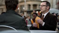 1x22 - Peck's envelope.png
