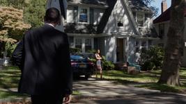 2x06 - Far Rockaway - Campbell House