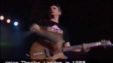 Billy_Bragg_-_A_New_England_(Live)