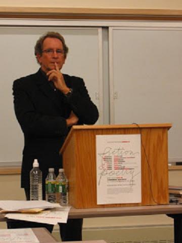 Michael Davidson (poet)