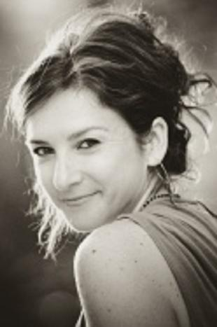 Elana Bell