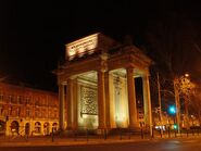 Toulouse-by-night-monuments-combattants