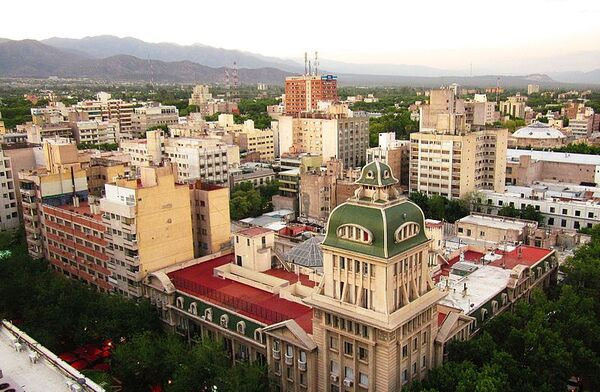 A beautiful landscape of a Mendoza City's part seen from the highest of Gómez building..jpg