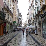 Coimbra-narrow-street