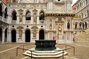 Courtyard of Palazzo Ducale