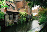 Gorgeous house on canal in Bruges