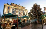 2010-12-21-11-45-18-15-market-in-s-lugano-switzerland-is-the-perfect-pla