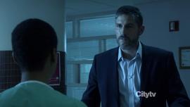 1x21 - Reese hospital