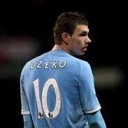 Edin-Dzeko-Manchester-City