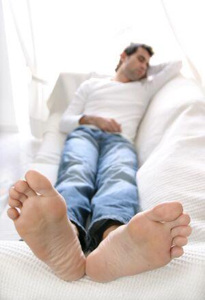 Guy Feet.jpg