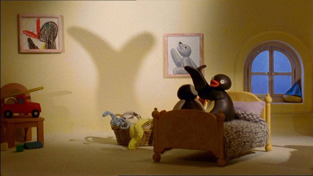 Pingu's Bedtime Shadows