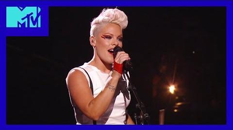 Blow Me (One Last Kiss) - 2012 Video Music Awards - MTV