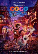 Coco Vive Tu Momento Poster