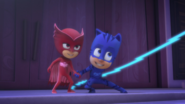 Owlette and Catboy ready to get into the PJ Rocket