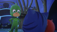 Gekko feels ashamed of making Kitten Boy and Chicklette cry