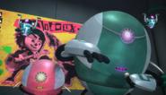BattleoftheFangsRobotRobetteFlyBots2