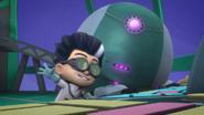 PJMasksSaveChristmasRomeoRobot2