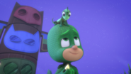 Lionel on Gekko's head