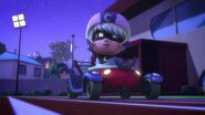 GBC 1-Luna Girl rides car