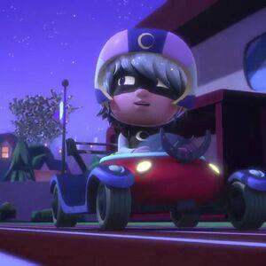 GBC 1-Luna Girl rides car.jpg