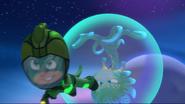 Gekko saves Octobella