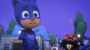 Screenshot 2021-01-01 PJ Masks Full Episodes Season 4 ⭐️ Mission Munki gu, Legend of the Wolfy Bone⭐️ PJ Masks NEW - YouTube(5)