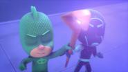Gekko and Night Ninja with the Staff of Ra 2