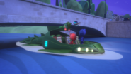 PJ Robot wakes Gekko