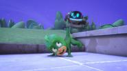 PJ Robot saves Gekko from falling
