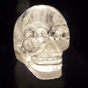 800px-Crystal skull in Musée du quai Branly, Paris.jpg