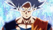 Son Goku (4) (SDBH, odc. 006)