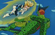 Cell z przyszłości Trunksa kontra Trunks z przyszłości (16)