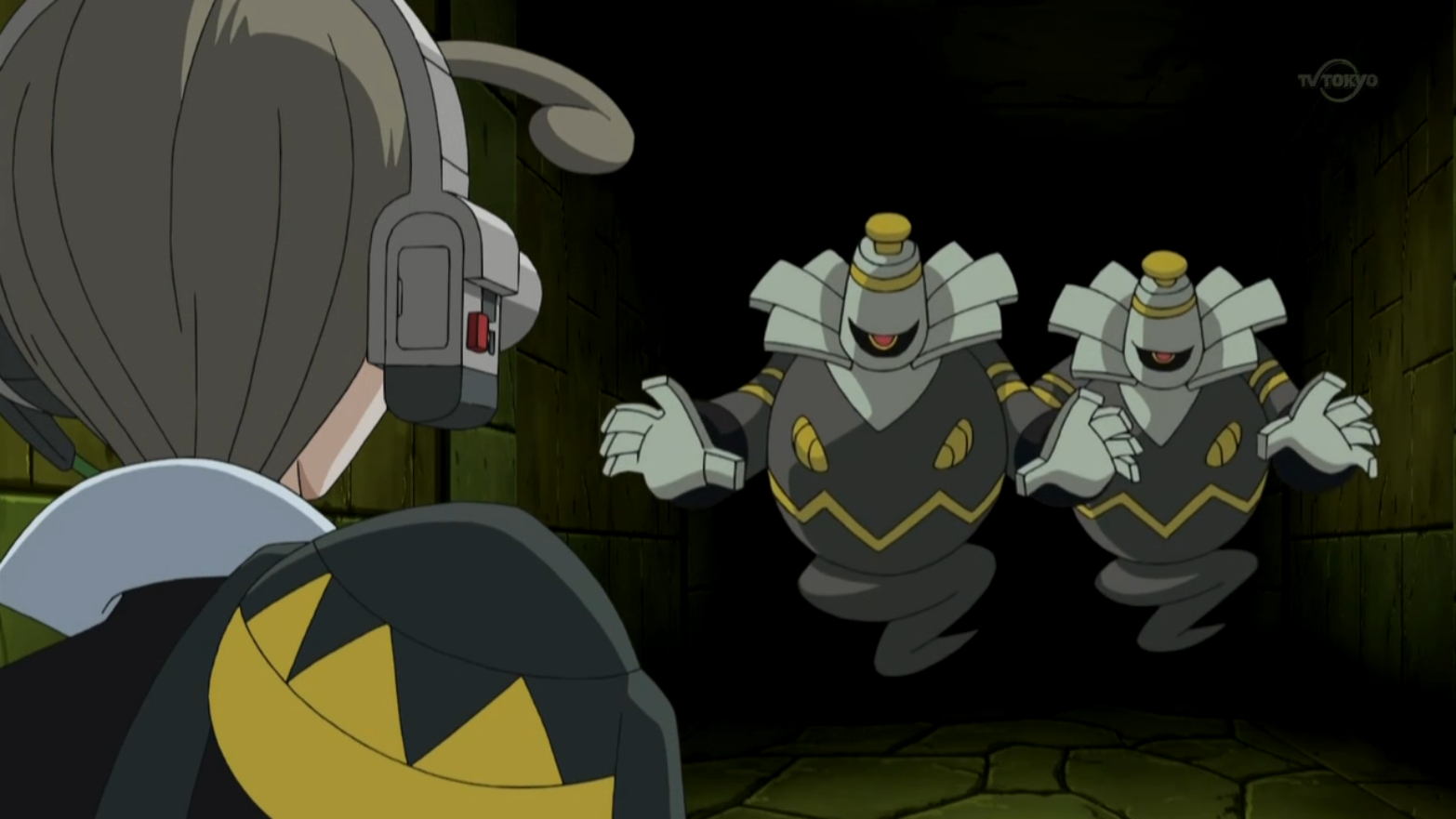 Conley fought and calmed down the two Dusknoir, who are guardians of the arena.