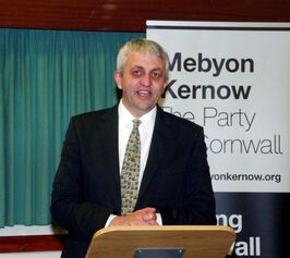 (its actually a picture of Dick Cole irl leader of Meybon Kernow again it works so shush)