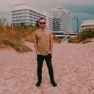JACK GADOVSKY na plaży