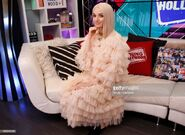 YoungHollywood3