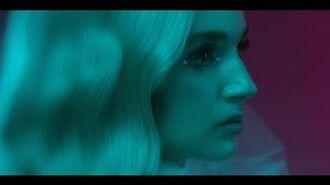 Poppy_-_Interweb_(Official_Video)