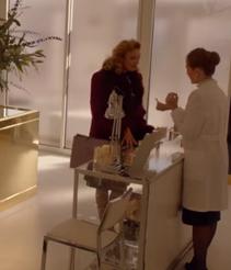 1x01 CosmeticsStoreCustomer