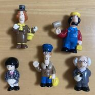 PostmanPatJapanesefigures2