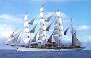 Sailing-yacht-sea-clour-hussar